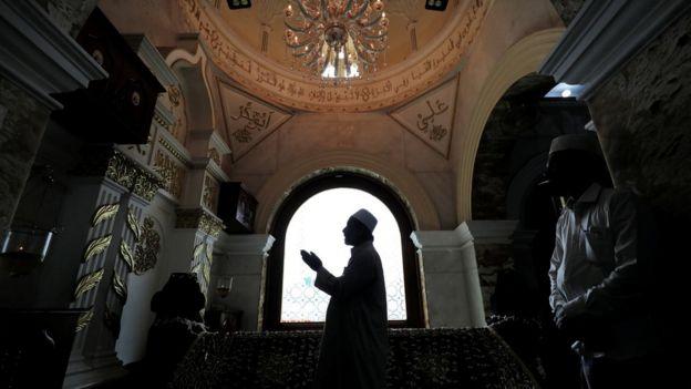 Coronavirus muslim funeral